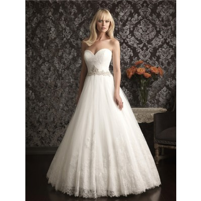A Line Princess Strapless Sweetheart Vintage Lace Wedding Dress With Beading