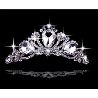 Best Crystals Tiaras And Crowns For Wedding Bridal