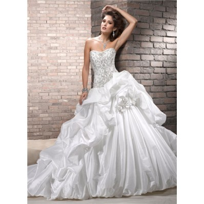 Designer Ball Gown Strapless Embroidery Beaded Taffeta Puffy Wedding Dress