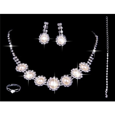 Gorgeous Pearls Rhinestones Wedding Bridal Jewelry Set,Including Necklace ,Earrings and Ring