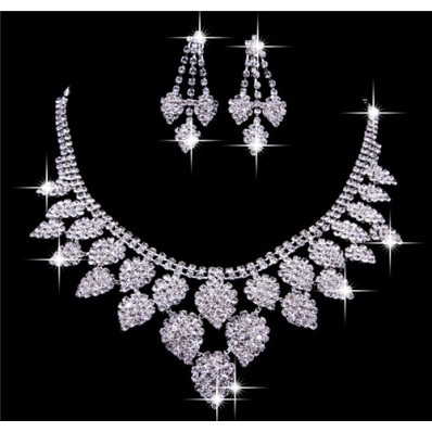 Luxurious Shining Alloy crystal Wedding Bridal Jewelry Set Including Necklace Earrings 23 1