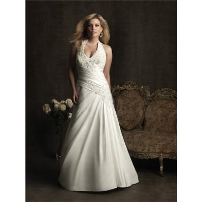 Sexy A line halter chapel train taffeta plus size wedding dress with applique