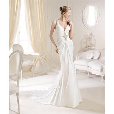 Slim Halter V Neck Chiffon Beaded Wedding Dress With Sparkly Straps