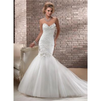 trumpet/ mermaid sweetheart corset back tulle wedding