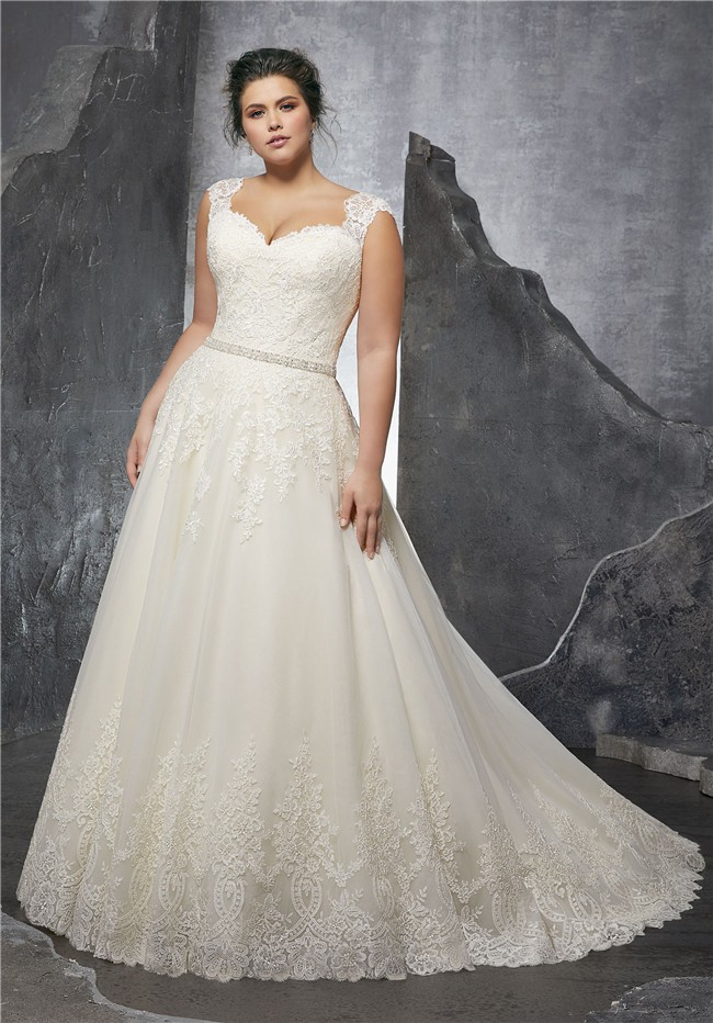 A line queen anne neckline tulle lace plus size wedding for Free plus size wedding dress catalogs
