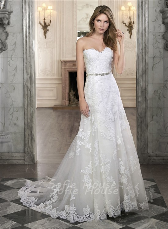 A line strapless sweetheart lace corset wedding dress with for Sweetheart wedding dress with straps