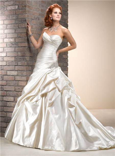 A line sweetheart dropped waist cream champagne colored for Wedding dresses with ruching and dropped waist