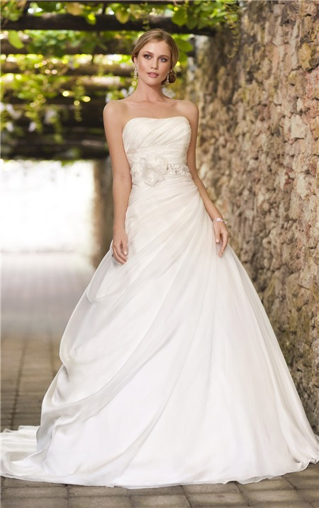 Ball Gown Strapless Corset Organza Draped Wedding Dress With Flowers Beading