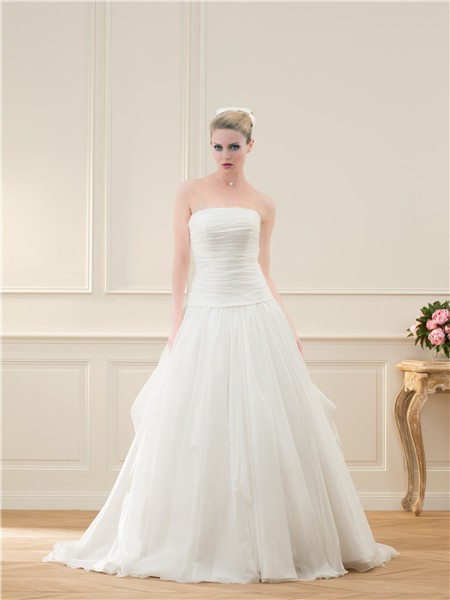 Ball Gown Strapless Drop Waist Tulle Ruched Wedding Dress With Bow Ons