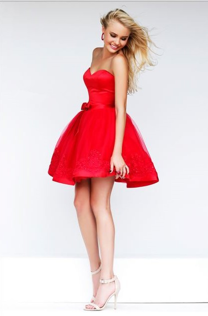 Gown Strapless Sweetheart Short Red Tulle Lace Beaded Party Prom Dress