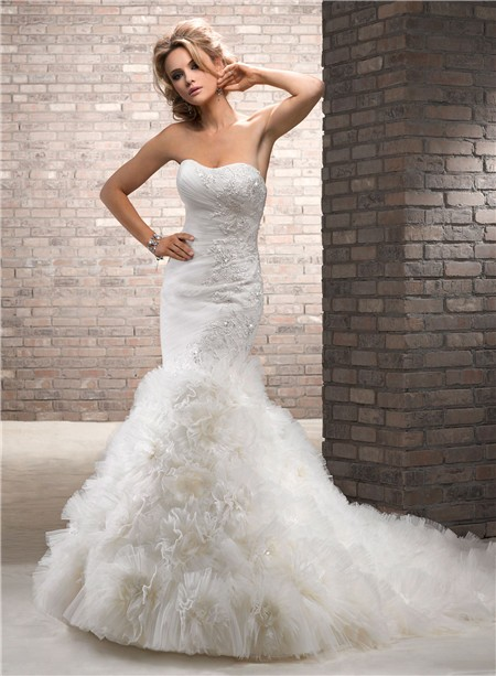Cute Mermaid Lace Sparkles Tulle Floral Wedding Dress With