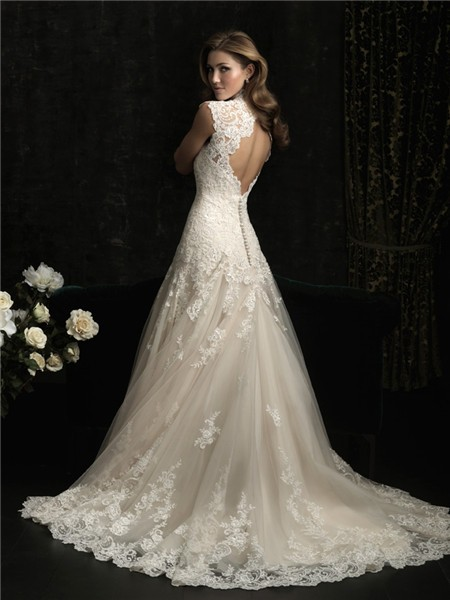 Elegant a line princess scallped neck ivory lace wedding for Ivory lace wedding dresses