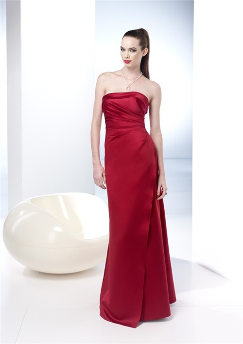 Elegant sheath strapless long red silk summer wedding for Strapless summer wedding dresses