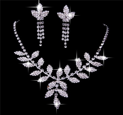 Shining crystals Wedding Bridal Jewelry SetIncluding Necklace and
