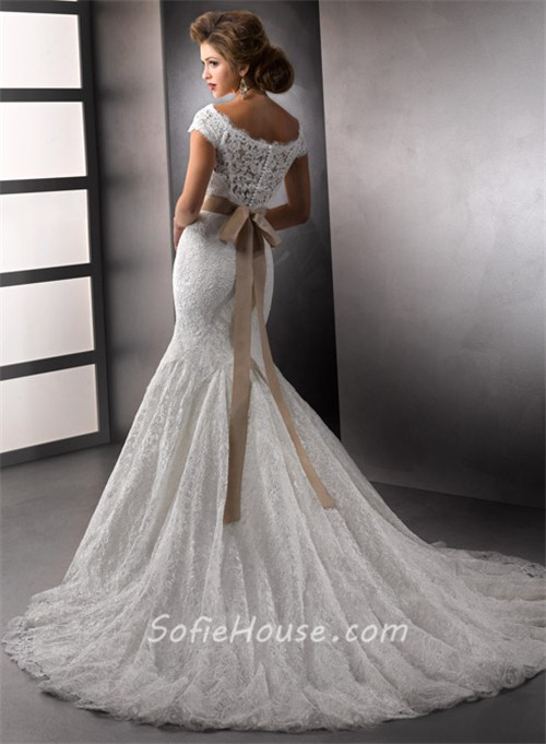 Elegant Trumpet Mermaid Bateau Cap Sleeves White Lace Wedding Dress