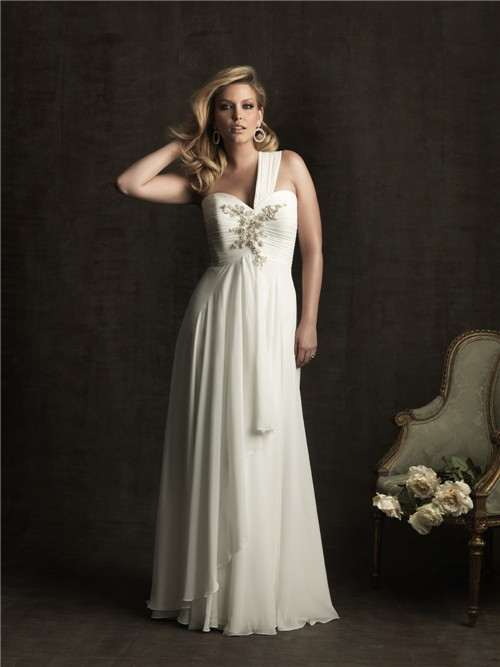 Sheath wedding dresses plus size