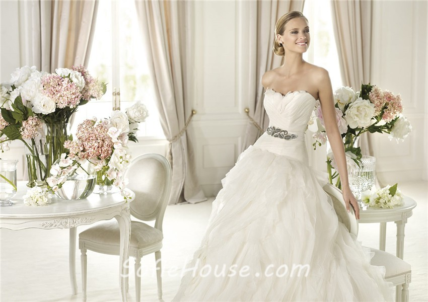 Princess Ball Gown Wedding Dresses: Fairy Princess Ball Gown Sweetheart Feather Layered