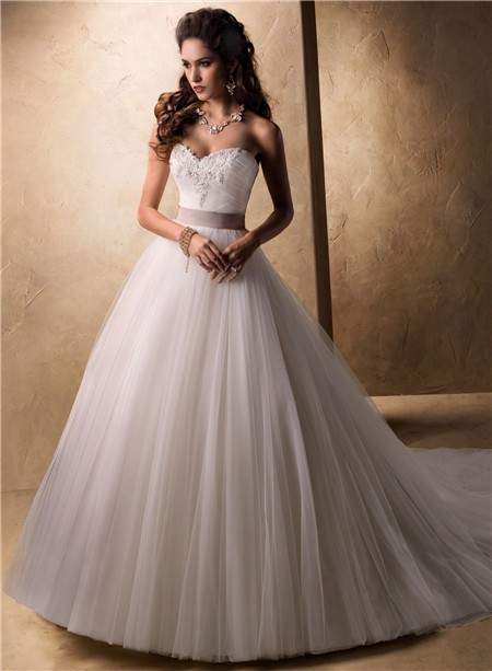 Fairy tale princess ball gown sweetheart tulle wedding for Fairytale ball gown wedding dresses