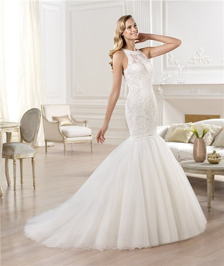 Real Brides Fit And Flare: Fit And Flare Mermaid Scoop Neck Sleeveless Lace Tulle