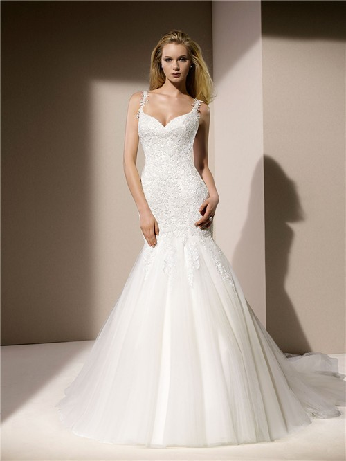 Fit and flare mermaid sweetheart neckline venice lace for Sweetheart wedding dress with straps