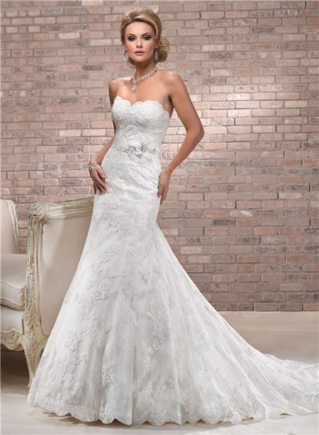 Fit and flare sweetheart neckline scalloped lace wedding for Lace fit flare wedding dress