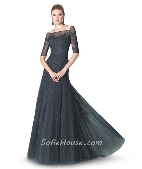 A Line Boat Neck Short Sleeve Black Tulle Lace Evening Dress