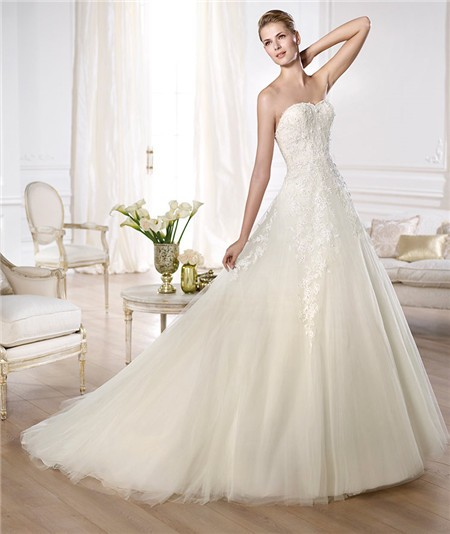 Fitted a line sweetheart low back beaded lace layered for Tulle layered wedding dress