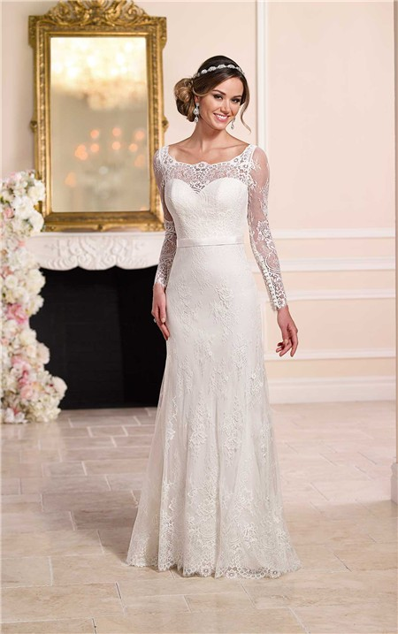 Fitted ivory lace wedding dresses