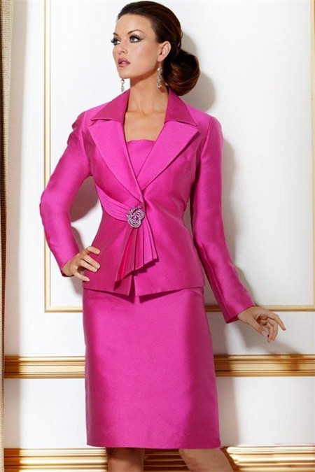 Formal-Pink-Three-Piece-Women-Evening-Suit-With-Long-Sleeve.jpg