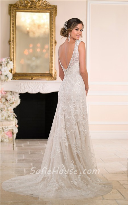 Gorgeous a line sweetheart backless lace beaded crystal for Gorgeous backless wedding dresses