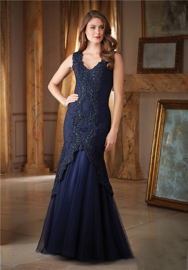 Gorgeous Mermaid V Neck Navy Blue Tulle Lace Beaded Formal
