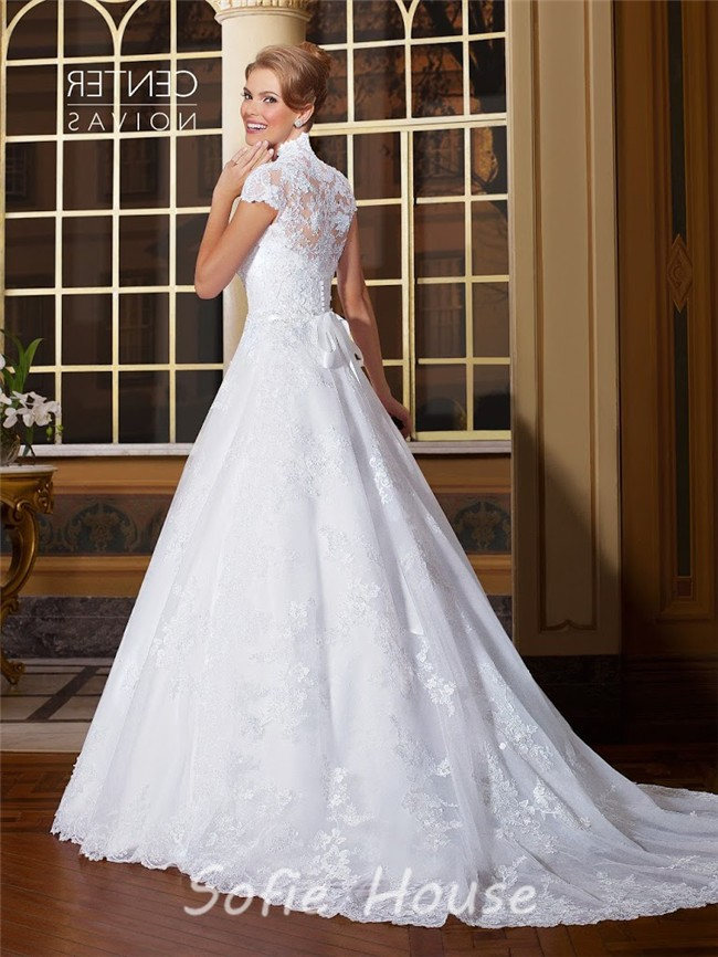 Strapless scalloped lace wedding dress
