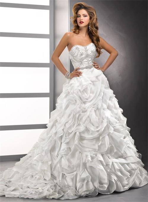 Wedding dresses: organza wedding dresses