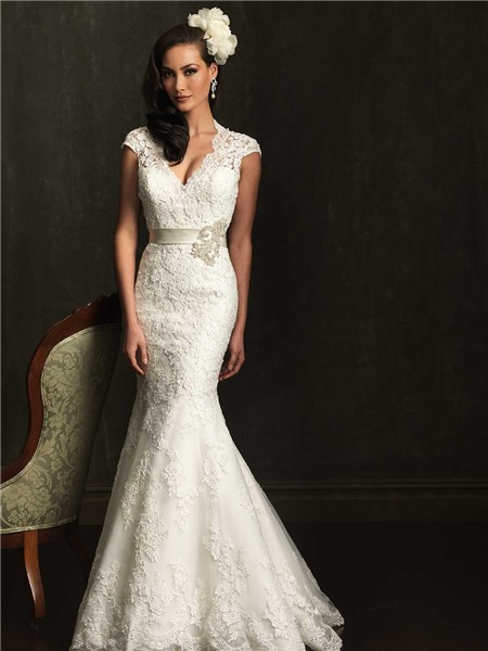 Cap Sleeve Scalloped Neck Open Back Lace Wedding Dress With Sash