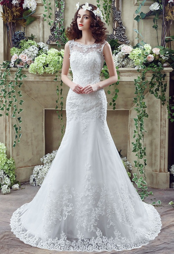 Low V Back Wedding Dresses : Scoop neck low v back sleeveless lace wedding dress with buttons