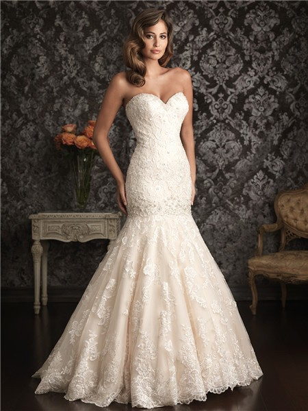 Sweetheart Ivory Lace Dropped Waist Wedding Dress With Train