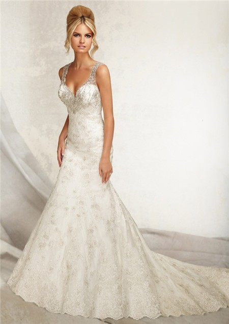 Sweetheart Low Back Lace Beaded Wedding Dress With Straps Buttons