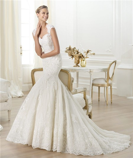 Sweetheart Open Back Beaded Lace Wedding Dress With Straps