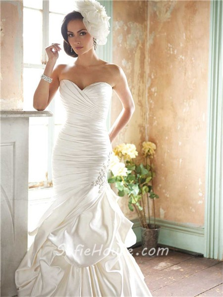 Mermaid sweetheart satin ruched fit and flare wedding for Satin fit and flare wedding dress