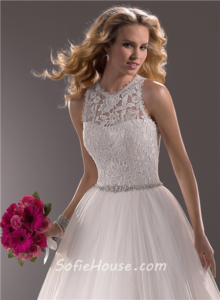 Modern Ball Gown Scoop Neck Lace Tulle Wedding Dress With Crystals ...