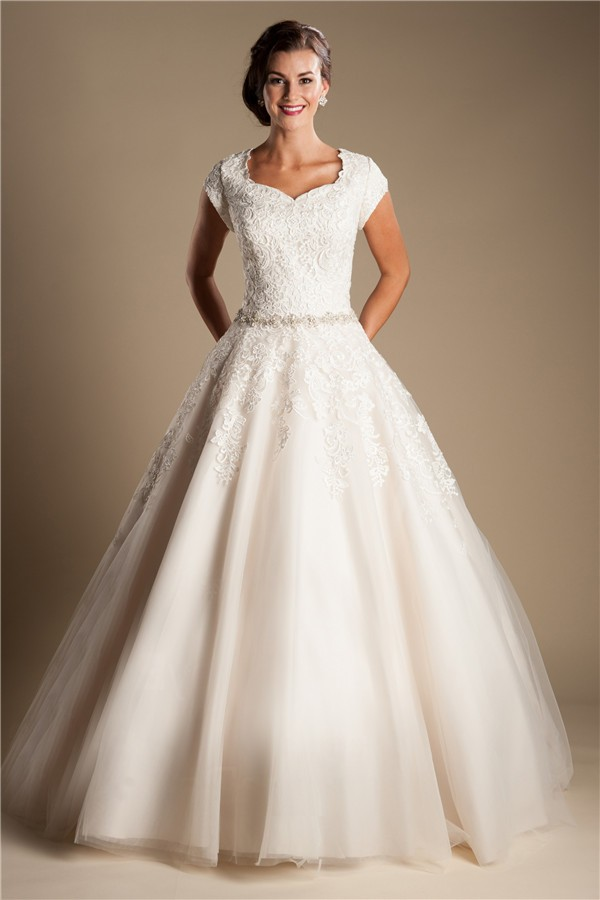 Modest ball gown sweetheart cap sleeve lace tulle wedding for Tulle wedding dress with sleeves
