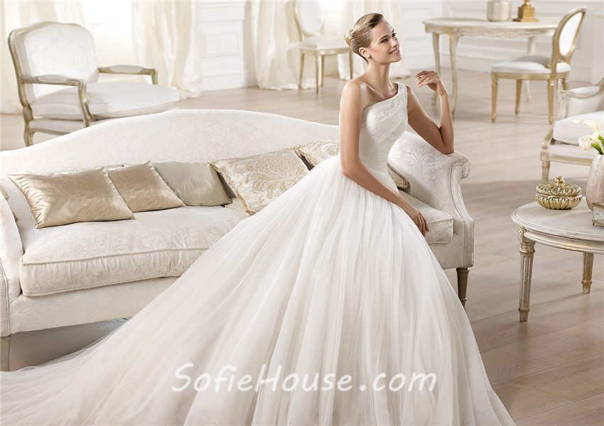 A Line Wedding Dress: Princess A Line Asymmetrical One Shoulder Draped Tulle