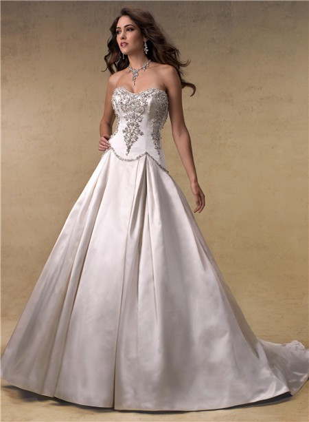 Ball Gown Strapless Scoop Neck Satin Beaded Crystals Wedding Dress