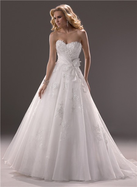 Ball Gown Sweetheart Organza Lace Wedding Dress Corset Back