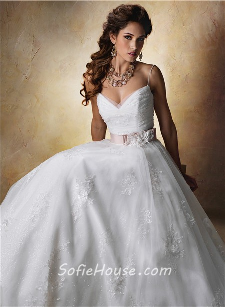 Princess ball gown sweetheart spaghetti strap tulle lace for Lace wedding dress with straps