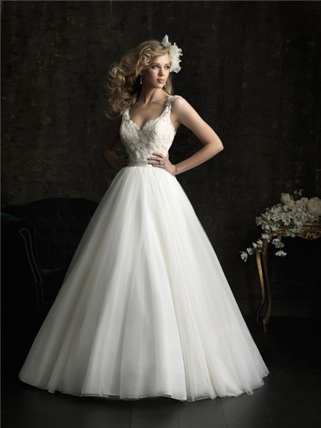 Ball Gown V Neck Tulle Lace Wedding Dress With Straps Belt