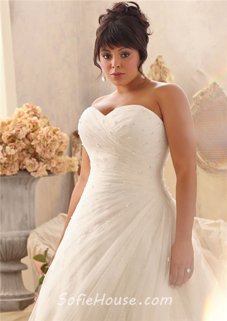 Romantic a line sweetheart lace tulle beaded plus size for Plus size beaded wedding dresses