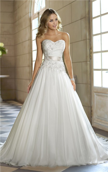 Wedding Dresses with Corset and Tulle