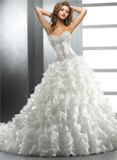 Royal ball gown sweetheart ivory organza wedding dress for Wedding dresses with ruffles