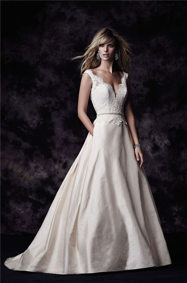 Ball gown scalloped neck low back champagne lace taffeta wedding dress sexy ball gown scalloped neck low back champagne lace taffeta wedding dress junglespirit Choice Image